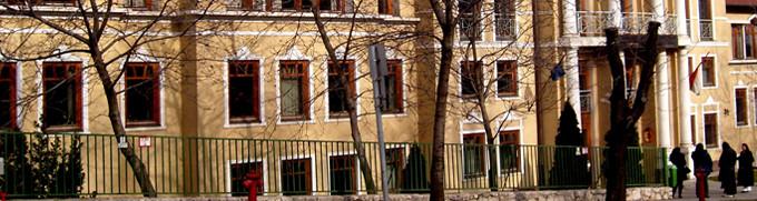 Bombariadó a Pesti Központi Bíróságon