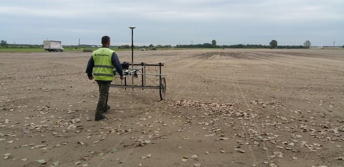 Lőszermentesítendő terület nagysága: 1.000.000 m2 Lőszermentesítés kutatási mélysége: a talajfelszíntől számított -6,00 méter A lőszermentesítés technológiája: tűzszerészeti mágneses térkép készítés